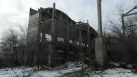 Волгоградский сталкер показал красоту запустения заброшенного моторостроительного завода